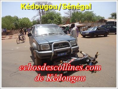 Kédougou: Un accident grave évité de justesse, deux jeunes frôlent la mort