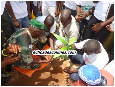 Kédougou: Mako Exploration Company (MEC) soutient la jeunesse de Mako dans ses actions de préservation de l'environnement