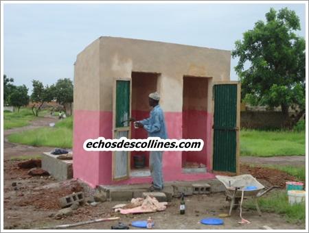 Kédougou: Un bloc de toilettes et des récompenses aux élèves de Pasteur Butler