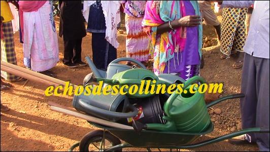Kédougou: L'ong SADEV dote les femmes et les jeunes de Khossanto et de Sabodala en matériels.