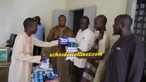 Kédougou: 7 millions de FCFA en fournitures aux écoles de la commune de…