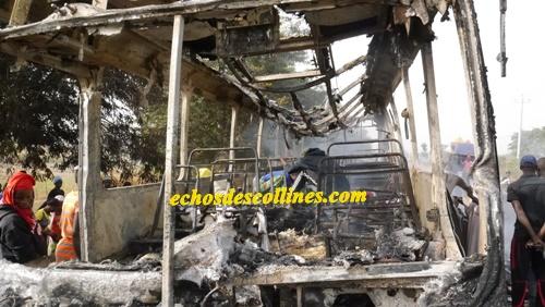 Kédougou: Un bus nigérian prend feu à Samécouta
