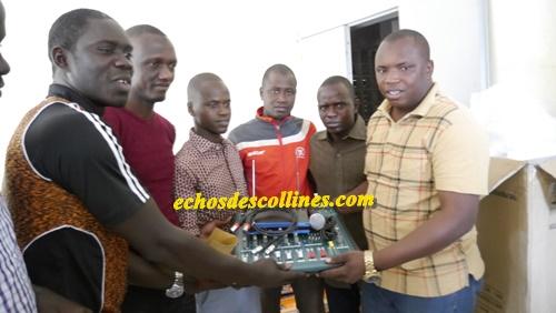 Bandafassi: Le maire tient ses promesses aux jeunes….
