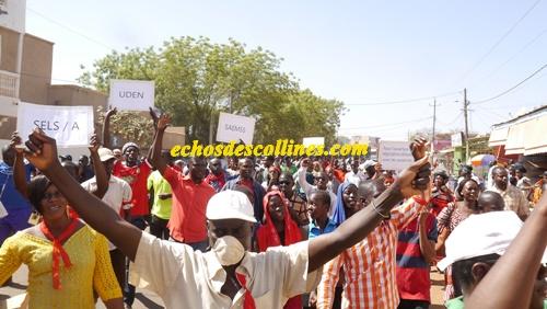 Education: Les syndicats d'enseignants marchent dans les rues de Kédougou