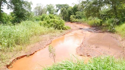 Saraya: La population de Kolia accuse Afrigold de polluer la Falémé et…