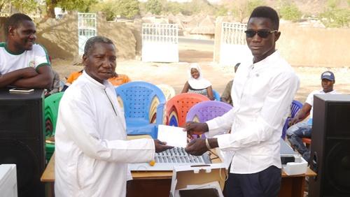 Kédougou: PMC équipe le Conseil Communal de la Jeunesse de Tomboronkoto et…