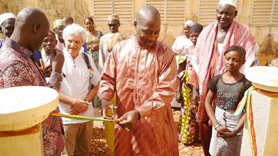 Kédougou: L'APECEK injecte encore un peu plus de 5 millions de FCFA à l'école Ibrahima Danfakha