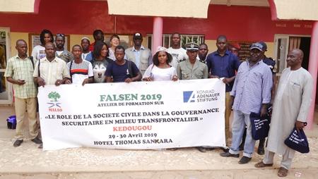 Kédougou: Les acteurs échangent sur la gouvernance sécuritaire en zones frontalières